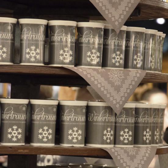 Tassen im neuen Design